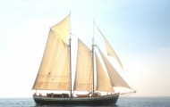 All-Sails-Up Mist of Avalon